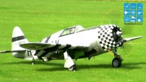 SUPER SOUND AMAZING P-47 THUNDERBOLT WARBIRD AEROBATIC FLIGHT ANDREAS GIETZ
