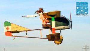 FUNNY SKY MOTORCYCLE 1:1,25 RC AIRSHOW FLIGHT, HIMMELSMOPED BICYCLETTE DE PISCHOF