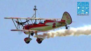 Ndege Asilia Boeing STEARMAN WAKALA PEGGY WALENTIN AEROBATIC AIRSHOW NDEGE ILA BERLIN AIR SHOW ndege inayotumia ndege