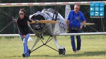 RC Großmodelle BIGGEST SUPER AWESOME GIGANT 1:1,25 RC BÜCKER JUNGMEISTER RC Motorflugzeug