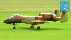 A-10 THUNDERBOLT WARTHOG RC TURBINE JET FLIGHT WERNER DIETRICH
