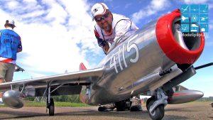 Incrivelmente bonito MIG-15 com revestimento metálico fino DAVID RIBBE Jet TURBINE
