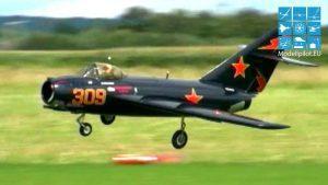 MIG-15 thiab F-86 SABER thiab F9F-5 PANTHER RC Turbine Dav Hlau Qhia Dav Hlau