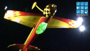 Aerobatik 3D di malam hari RC YAK-55M MANUEL RINNERTHALER NIGHT FLIGHT SHOW